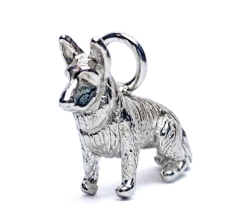 german-shepherd-pendant