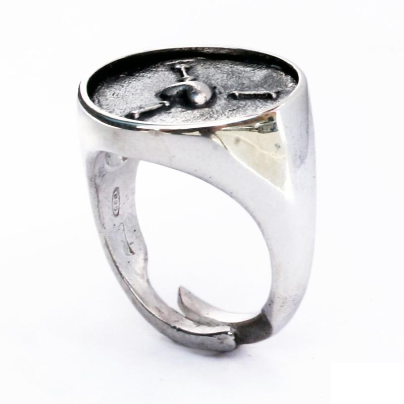 per-attirare-la-benevolenza-degli-altri-anello-chevalier